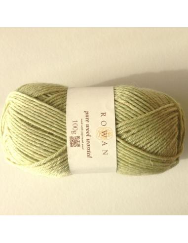 Pure wool worsted, lichtgroen